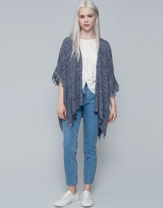 Pull&Bear - woman - kimonos & ponchos - knit cape with fringing - blue - 09583309-I2015