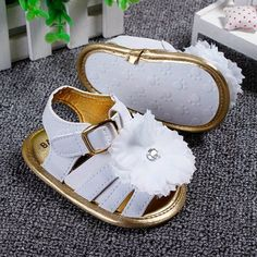 Baby Girl Sandals from Babyzgift. Saved to Baby Beans. Shop more products from Babyzgift on Wanelo. Baby Girl Sandals, Girls Sandals, Baby Girl Shoes, My Baby Girl, Baby Love, Girls Shoes, Little Girl Fashion, Kids Fashion, Toddler Fashion