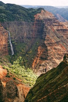 Waimea Canyon | Grand Canyon of the Pacific | via @elanaloo + elanaloo.com ...Tip: Go to the top of Waimea Canyon to the Kalalau Lookout Point FIRST. Even if you go early and stop to see the scenic points along the way, by the time you get to the top, the fog will be socked in and you won't have any visibility of the breathtaking Kalalau Lookout Point.