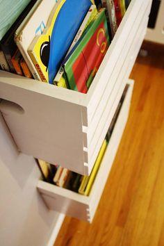 How to Turn Crates Into Bookshelves | Hellobee