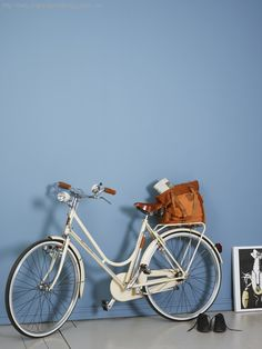 Bilderesultat for pilasterblå lady Best Bedroom Colors, Best Paint Colors, Wall Paint Colors, Klein Blue, Blue Wall Colors, Colours, Jotun Paint, Jotun Lady, Wonderwall