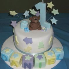 Gorgeous 1st birthday cake
