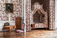 Style Français, French Style, Alcove Bed, Georgian Interiors, French Interiors, Grand Homes, Classic Interior, French Decor, Historic Homes