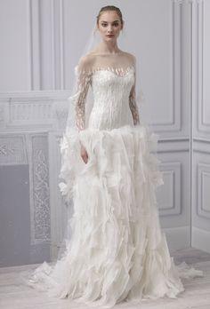 Vestido de novia 2013, corte columna con mangas