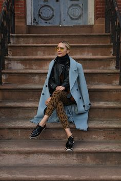 Blair Eadie talks Trunk Club and how the Nordstrom owned styling company is carrying her upcoming Atlantic-Pacific x Halogen brand collaboration! New Outfits, Winter Outfits, Fashion Outfits, Winter Looks, Jessica Parker, Atlantic Pacific, Fashion Sites, Weekend Wear, Up Girl