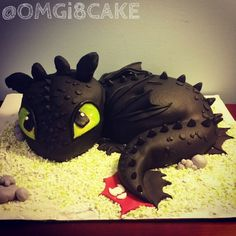 Toothless from How to Train Your Dragon cake