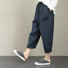 Mens Kimono Shirt, Male Kimono, Japanese Clothing, Japanese Outfits, Japan Men Fashion, Mens Fashion, Man Pants, Muslim Men, Tailored Shirts