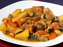 Niertjes op Antwerpse wijze Belgium Food, Kung Pao Chicken, Pork, Walkway, Ethnic Recipes, Kale Stir Fry, Runway, Sidewalk, Pork Chops