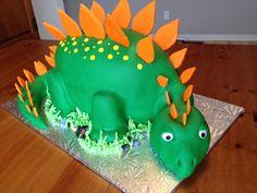Gâteau dinosaure /  Dinosaur cake