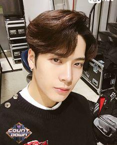 jackson uploaded by smores on We Heart It Got7 Jackson, Jackson Wang, Youngjae, Bambam, Kim Yugyeom, J Pop, Btob, Jinyoung, Monsta X