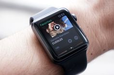 Vine puts looping videos on your Apple Watch Vine teased months ago that it was working on support f Apple Wrist Watch, Apple Watch Apps, Cool Technology, Pick Me Up, Vines, Watches, App Store, Audio, Couple