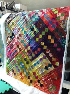 4 Patch Quilt, Strip Quilts, Scrappy Quilts, Easy Quilts, Quilt Blocks, Bright Quilts, Colorful Quilts, Quilt Modernen, Scrap Quilt Patterns