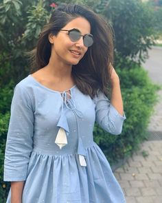 Hina Khan Hot HD Photos & Wallpapers for mobile Simple Kurti Designs, Kurta Designs Women, Sleeves Designs For Dresses, Dress Neck Designs, Frock Fashion, Fashion Outfits, Mens Fashion, Fashion Tips, Casual Frocks