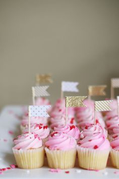 A Kate Spade Inspired Bridal Shower | Southern California Private Estate & Outdoor Wedding Photographer | Private Estates, Vineyards, Villas and Intimate Wedding Photographer | Orange County, Santa Barbara, Napa and Destination | Diana Marie Photography