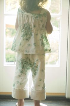 Vintage sheet PJs using clever charlotte raven pants pattern for Skirt as Top's VIntage May series