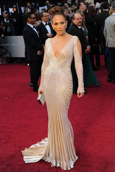 love....the nipple controversy took attention away from the dress...gorgeous