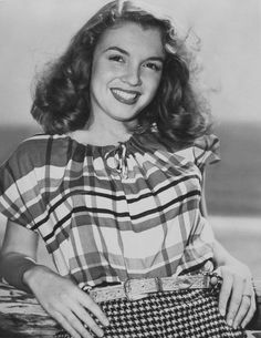 Marilyn before Marilyn otherwise known as Norma Jean still beautiful