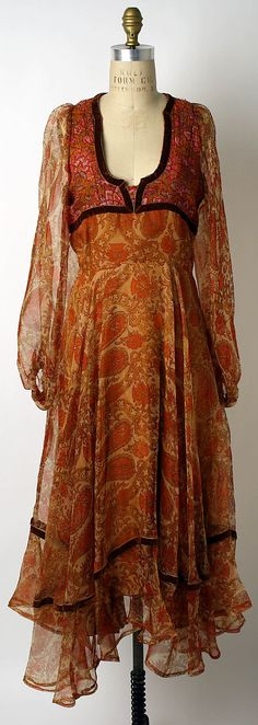 Dress  Thea Porter  (British, Jerusalem 1927–2000 London)  Date: 1970