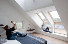 Russia's First Active House by Polygon Lab - http://freshome.com/2011/10/24/russias-first-active-house-by-polygon-lab/