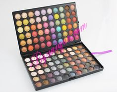 Professional palette of 120 colors.  A palette is divided into two parts with 60 colors.  Comfortable and portable.  Durable and easy to accommodate various styles makeup!  Fine powder for lasting makeup. Easily create a clear and brilliant complete eye makeup. Includes matte and shiny colors. Promotional price €23.01