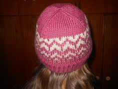 This hat is designed to be knit in the Portuguese style, which