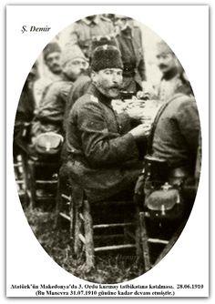 Atatürk'ün Makedonya'da 3. Ordu kurmay tatbikatına katılması.  28.06.1910 (Bu Manevra 31.07.1910 gününe kadar devam etmiştir.)