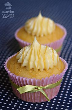 Mimosa Cupcakes love this idea for couples doing a brunch for their wedding guests.