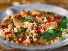 Découvrez la recette Risotto poulet tomate sur cuisineactuelle.fr.
