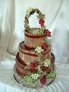Fabulouse Wine Themed Barrel Basket Cake With G