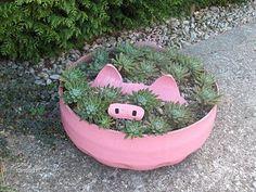 Aprendiz: reciclar neumático para hacer maceta con forma de cerdo