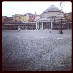 Piazza del Plebiscito. #Napoli, Campania