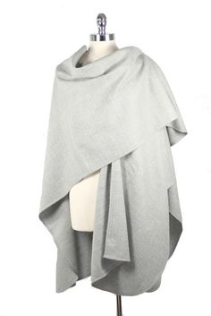 Luxurious 100% baby alpaca silver gray cape