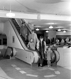 1942 - Great column by Paula Allen in yesterday's Express-News about Joske's being the first department store to have street level to top floor, up and down escalator system in the south. It was such a unique experience that folks would come to the store just to ride