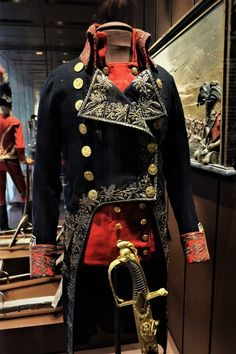 Uniform and Sword of General Jacques-Zacharie Destaing of the French Army dated . Uniform and Sword of General Jacques-Zacharie Destaing of the French Army dated between on display at the Musée de l& in Paris Dest. Historical Costume, Historical Clothing, Military Costumes, Military Uniforms, Cool Outfits, Fashion Outfits, Uniform Design, French Army, Cosplay