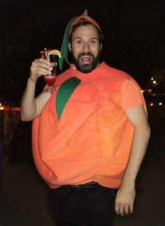 2015 Halfway Halloween costume: James and the Giant Peach!  #jamesandthegiantpeach #DIY #costumes #wigs #Halloween #HalfwayHalloween