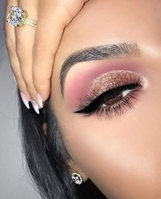 Pink and gold glitter eye makeup