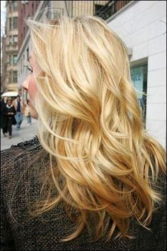 golden blonde highlighted hair by Liyl