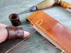 Andrzej Woronowski Custom Knives: [TUTORIAL] How to make a simple leather sheath?