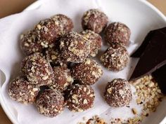 Get a dose of the superfood buckwheat with these tasty chocolately bliss balls. Take a few with you for a wholesome snack on the run, and keep a batch in the fridge to help fight chocolate cravings any time of day. Snacks For Work, Healthy Work Snacks, Healthy Protein, Protein Snacks, Gourmet Recipes, Healthy Recipes, Healthy Meals, Diet Recipes, Healthy Food