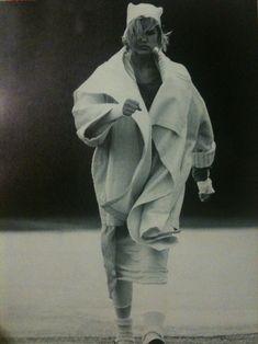 Fashion Passes: DESTROY - Rei Kawakubo