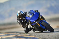Yamaha supersport R6 R1 track blue Supersport, Yamaha, Motorcycle, Vehicles, Track, Blue, Runway, Rolling Stock, Motorcycles