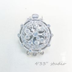 item no.:S-CL0020-3R-RH  925 SILVER (RHODIUM PLATING)  COLOR: WHITE GOLD  C.Z. STONE