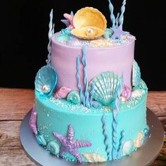 "Have you ever eaten a cake and felt regret right after the first bite?not because the cake is not ""yummy""! But, the cake is just too beautiful to be torn apart Ocean Birthday Cakes, Little Mermaid Birthday Cake, Ocean Cakes, Little Mermaid Cakes, Beach Cakes, 5th Birthday, Birthday Ideas, Fete Emma, Royal Cakes"