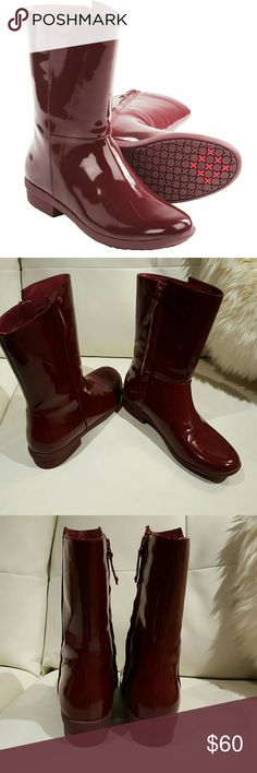 """UGG Australia Patent Sangria Rain Boots Size 6 UGG Australia Patent Sangria  """"Madera"""" Rain Boots Size 6, worn once. Looks new out of the box.  1 1/4"""" heel 8.5"""" boot shaft, 14"""" Calf circumference. Side zip closure. UGG Shoes Winter & Rain Boots"""