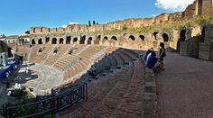 Cavea del teatro romano di Benevento - Teatro romano di Benevento - Wikipedia