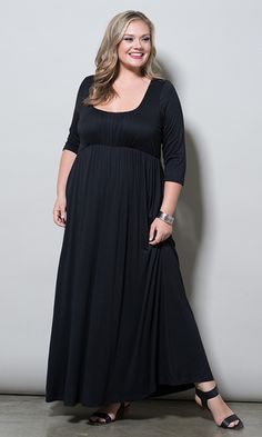 A gorgeous plus size maxi that lightly skims your curves for a lovely look. It is the perfect piece to wear with pretty bangles and strappy heels. A romantic, coral pink maxi dress with empire waistline makes for easy-to-wear style. Fashionable Plus Size Clothing, Plus Size Womens Clothing, Curvy Fashion, Plus Size Fashion, Mom Fashion, Fashion Ideas, Plus Size Maxi Dresses, Plus Size Outfits, Party Gowns