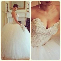 I found my dream dress :D just a little sparkle at the top and it would be perfect! ^_^
