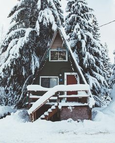 Image discovered by Blank Space. Find images and videos about nature, travel and winter on We Heart It - the app to get lost in what you love. A Frame Cabin, A Frame House, Tiny Cabins, Cabins And Cottages, Cottage In The Woods, Cabins In The Woods, Snowy Woods, Garden Cabins, Tiny House Loft