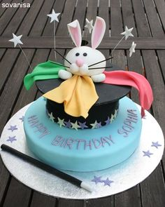sovanisa: magic hat birthday cake