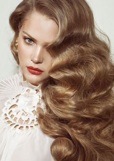Volume boosters - the dos and don'ts for fine hair Virgin Indian Hair, Indian Human Hair, Virgin Hair, Old Hollywood Hair, Indian Hair Weave, Haircuts For Fine Hair, Malaysian Hair, Peruvian Hair, Remy Hair